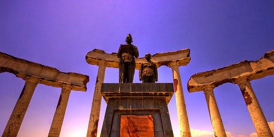 Destinasi Wisata Surabaya Tugu Pahlawan Bukti Nyata Aksi Heroik Bangsa