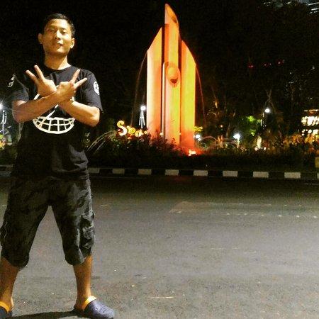 Monumen Bambu Runcing Surabaya 2018 Photos Tripadvisor Wisata Kota