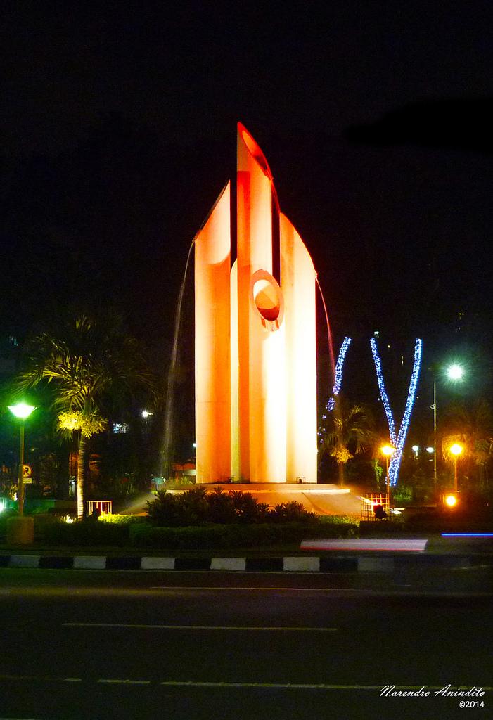 Monumen Bambu Runcing Surabaya Narendro Anindito Flickr Wisata Kota