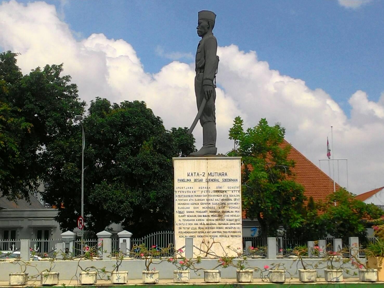 Monumen Panglima Besar Jenderal Sudirman Megah Surabaya Jendral Soedirman Jawa