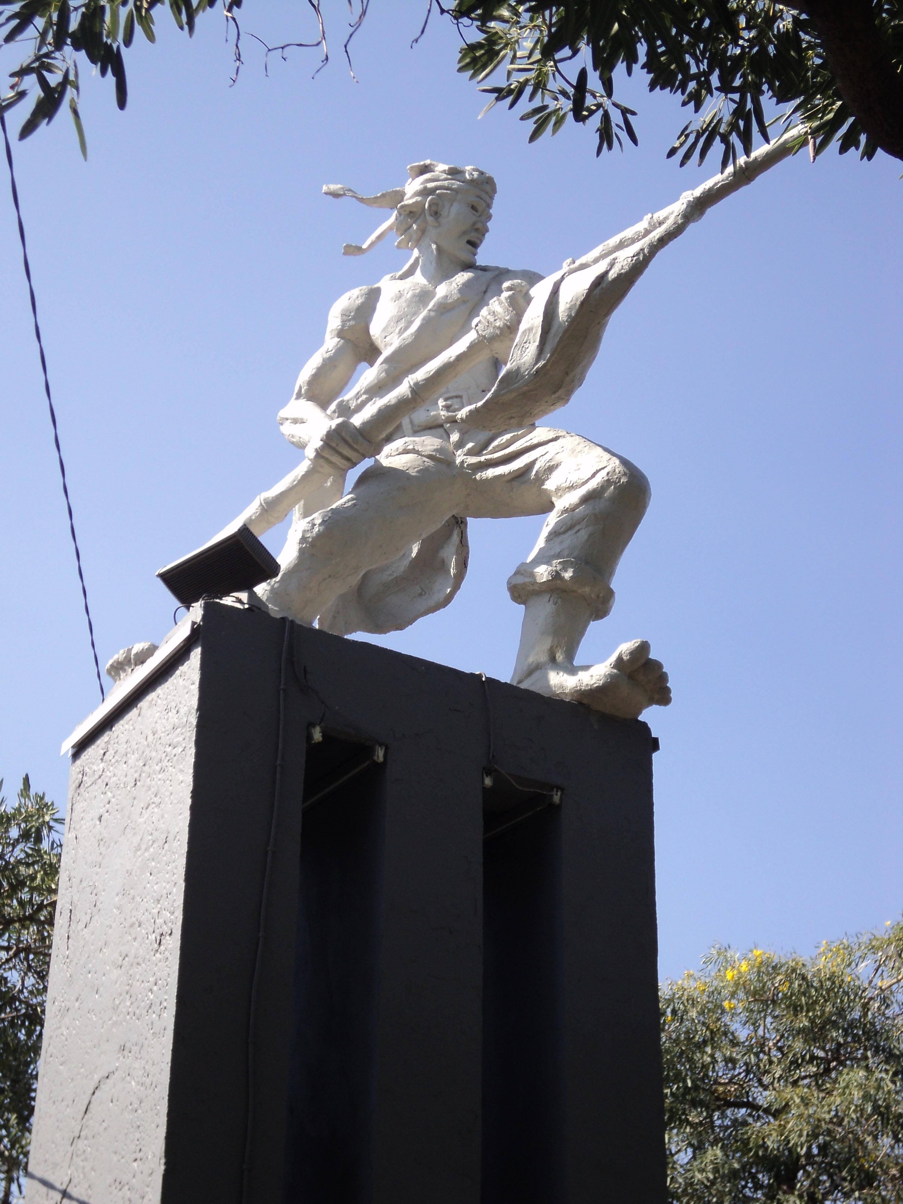Monumen Pertempuran 10 Nopember Surabaya Wisata Bambu Runcing Kota