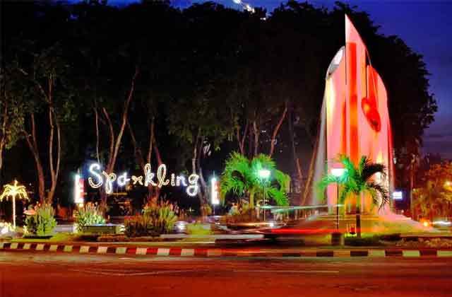 Surabaya Jangan Lewatkan Berwisata Monumen Bambu Runcing Wisata Kota