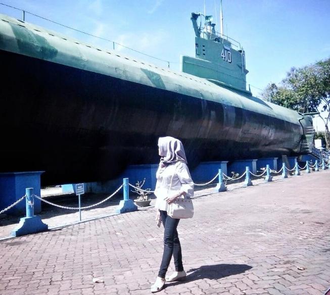33 Pilihan Tempat Wisata Surabaya Sekitarnya Wajib Monumen Kapal Selam