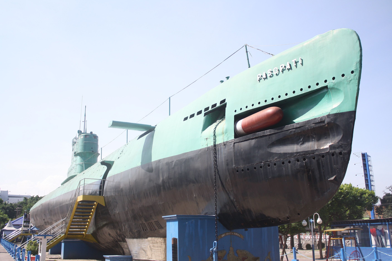 Monkasel Reinkarnasi 34 Siluman Bawah Laut Penjaga Lautan Monumen Kapal