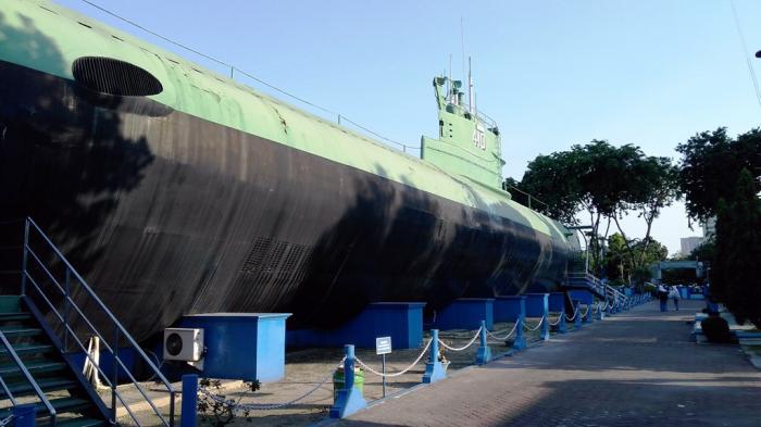 Monumen Kapal Selam Menunggu Pengunjung Tribunnews Wisata Kota Surabaya
