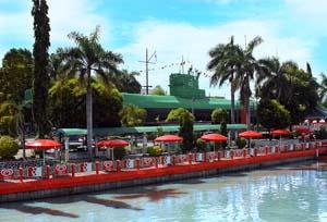 Monumen Kapal Selam Tempat Wisata Surabaya Kota