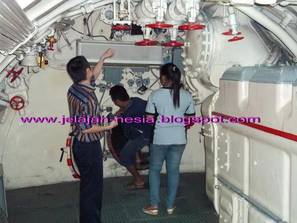 Serunya Berwisata Monumen Kapal Selam Surabaya Oleh Heri Agung Whiskey