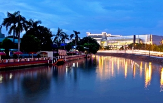 Tempat Wisata Surabaya Monumen Kapal Selam 5 Kota
