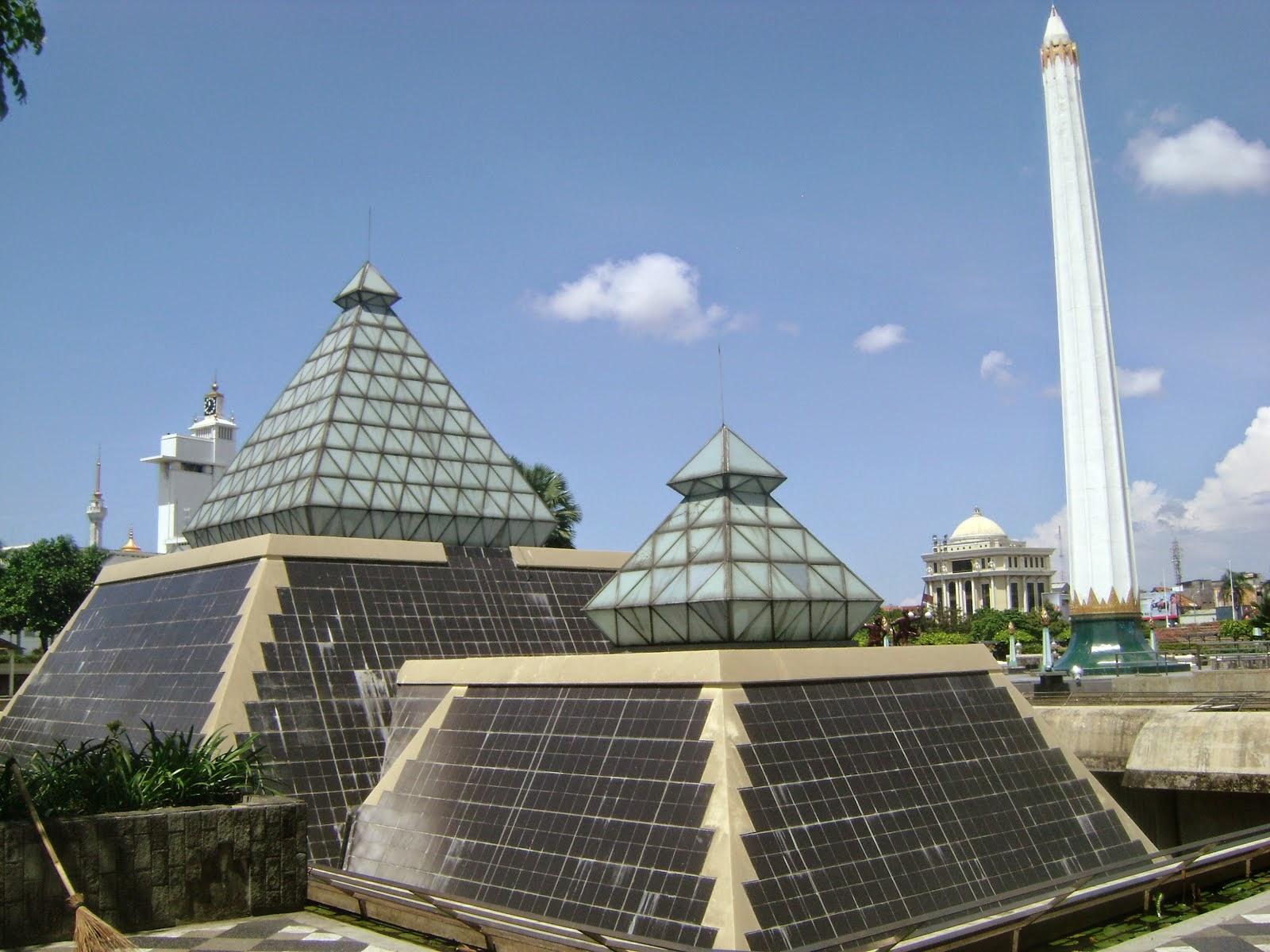 Destinasi Wisata Surabaya Tugu Pahlawan Bukti Nyata Aksi Image Source