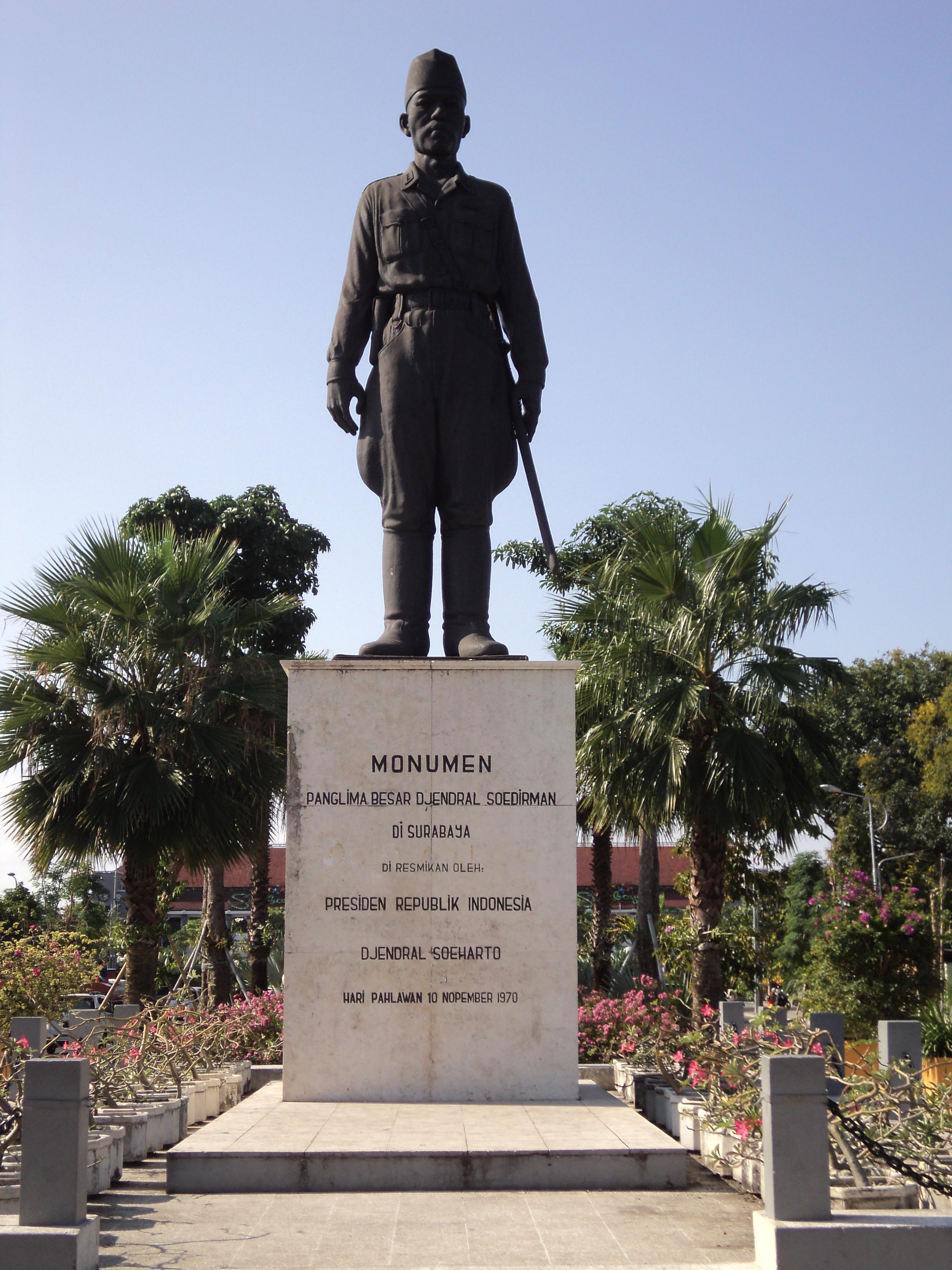 Monumen Surabaya Laman 3 Jenderal Sudirman Wisata Pahlawan Kota