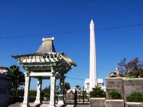 Tempat Wisata Surabaya Tugu Pahlawan Monumen Kota