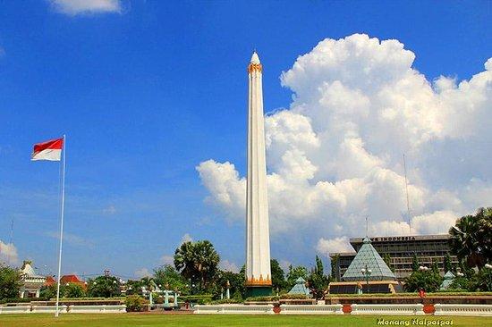 Tugu Pahlawan Picture Surabaya Tripadvisor Wisata Monumen Kota