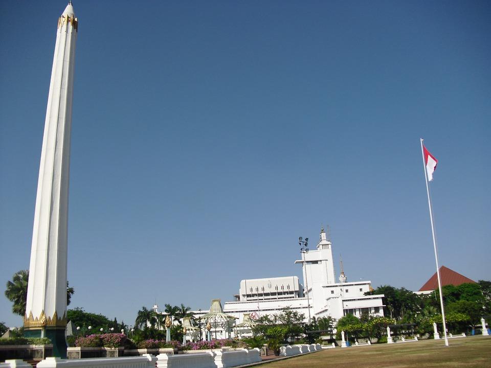 Tugu Pahlawan Surabaya Jawa Timur Foto Gratis Pixabay Indonesia Asia