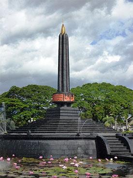 Wisata Sejarah Tugu Kota Malang Ikon Panduan Malangg Monumen Pahlawan