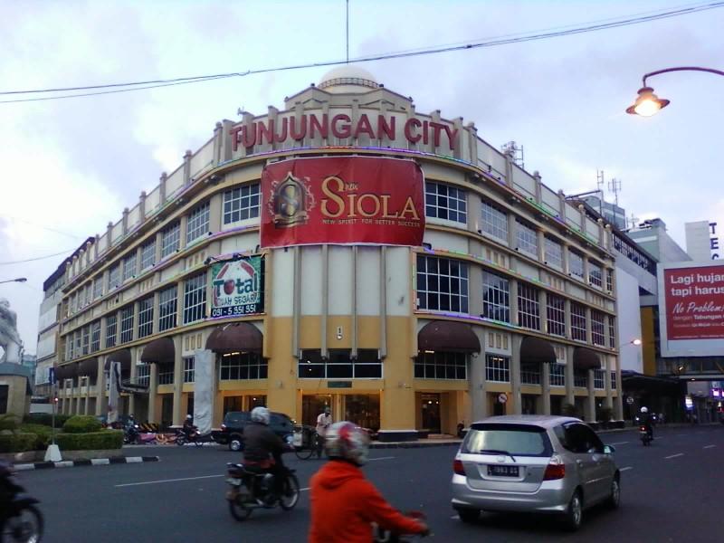 6 Tempat Wisata Museum Surabaya Favorit Wisatawan Monumen Siola Wr