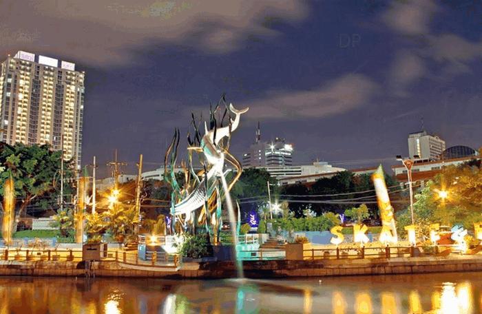 Berwisata Kunjungi 40 Tempat Wisata Menarik Surabaya Kota Mengunjungi Museum