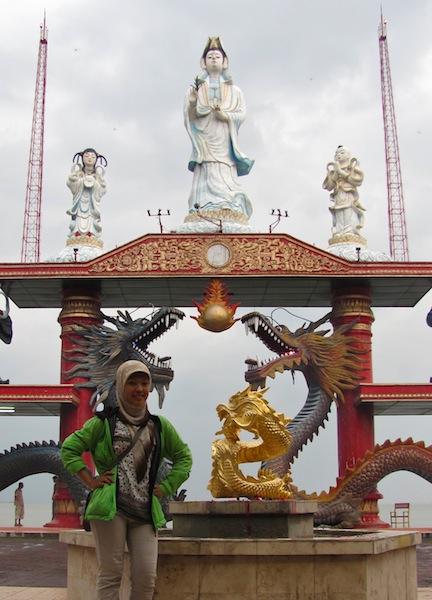 Nurulperikecil Patung Kwan Im Budha Empat Wajah Kenjeran Sisi Utara