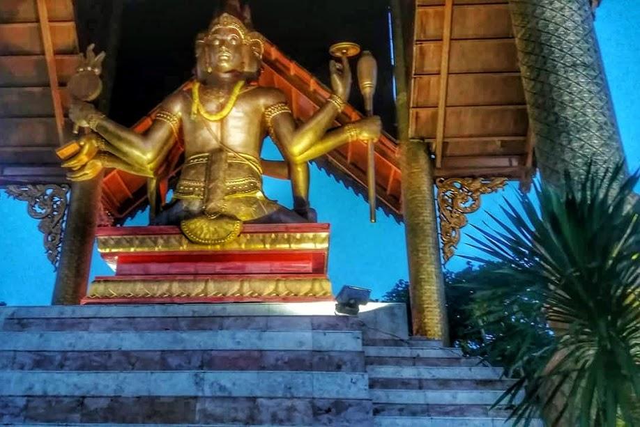 Patung Buddha 4 Wajah Kenjeran Bikin Liburan Berasa Thailand Catur