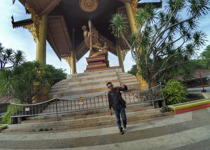 Patung Buddha 4 Wajah Kenjeran Bikin Liburan Berasa Thailand Dewa