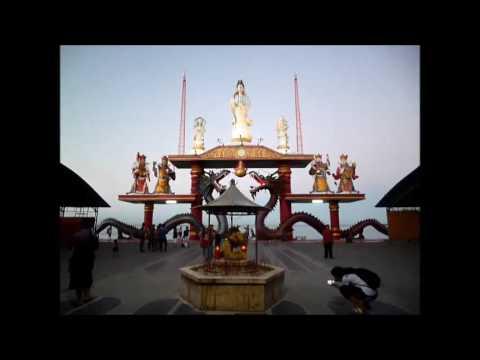 Patung Kwan Im Budha 4 Wajah Kenpark Surabaya Youtube Wisata