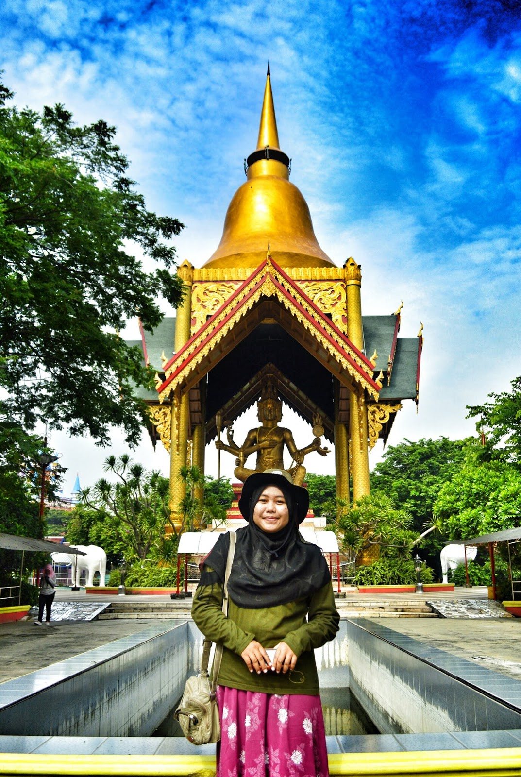 Surabaya Rasa Thailand Patung Buddha 4 Wajah Kenpark Copyright Nuidcriptograph