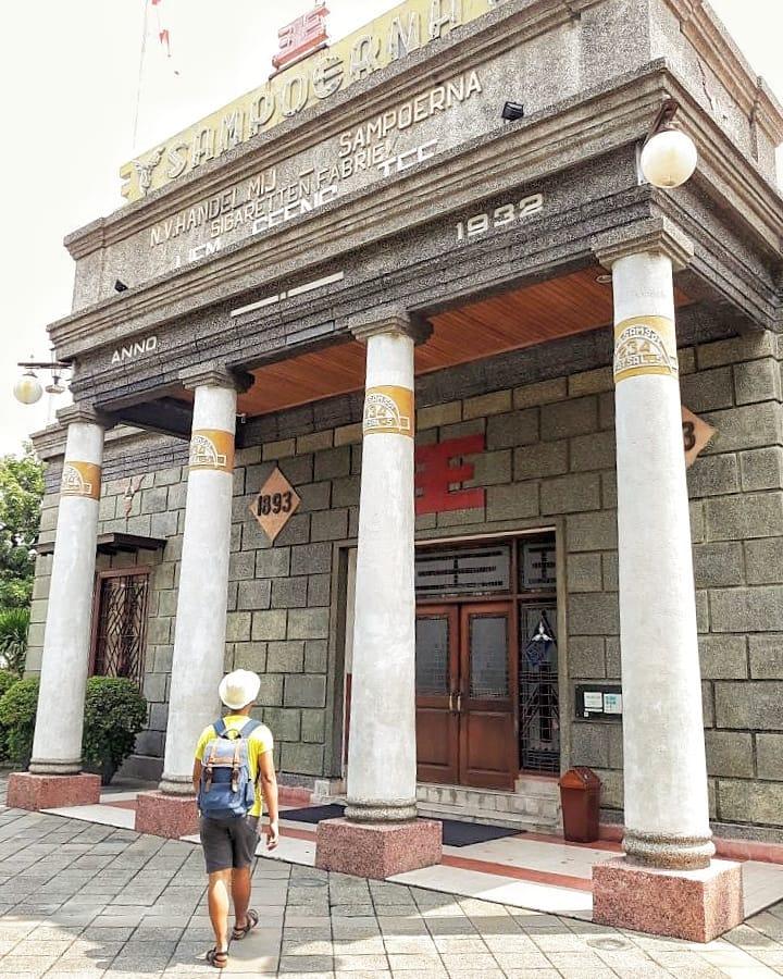 14 Destinasi Wisata Gratis Surabaya Liburan Menyenangkan Napak Tilas Rokok