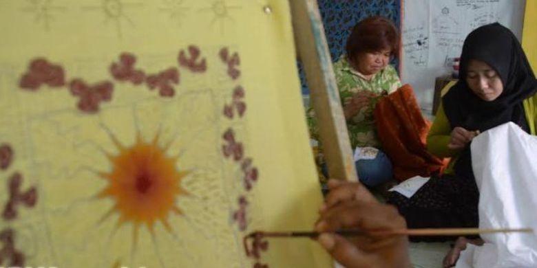 Eks Dolly Lokasi Prostitusi Kampung Batik Kompas Desain Motif Daun