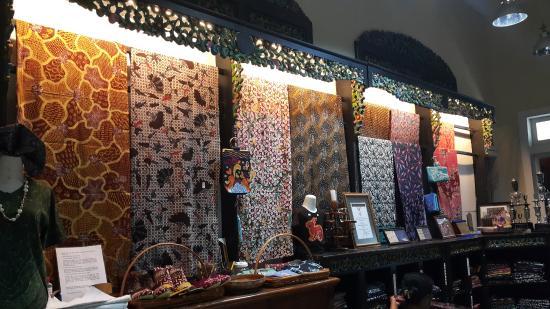 Rumah Batik Jawa Timur Surabaya Indonesia Review Wisata Kota