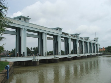 Bendungan Air Pintu Sepuluh Kota Tangerang Informasi Kandidat Musium Lengkong