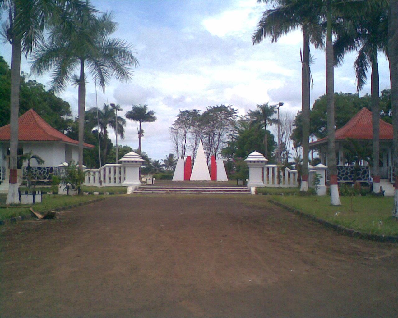 Eksplorasi Tempat Bersejarah Tangerang Taman Makam Pahlawan Seribu Monumen Lengkong
