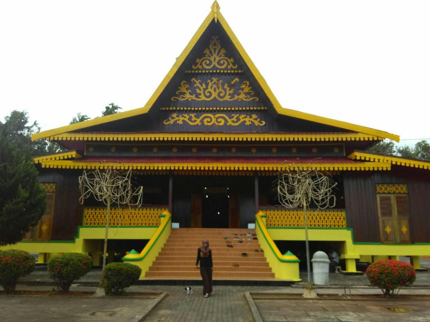 Berwisata Sembari Belajar Pulau Penyengat Muda Salah Bukit Kursi Kota