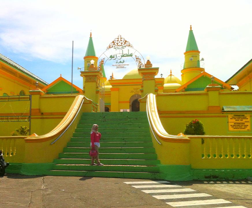 Eka Aprilya Pulau Penyengat Inderasakti Sultan Riau Salah Satu Masjid