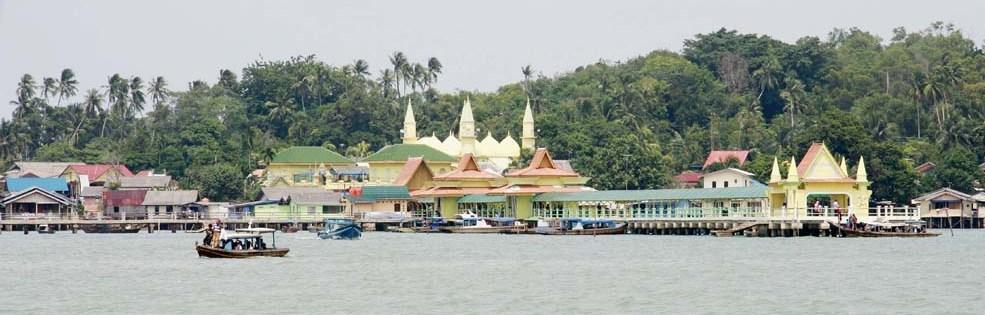 Eksotisme Tempat Wisata Pulau Penyengat Kepulauan Riau Jelajah Bukit Kursi