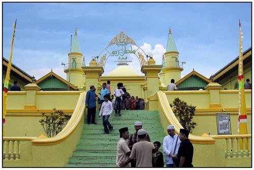 Karimun Wisata Penyengat Abad 18 Raja Haji Membangun Sebuah Benteng