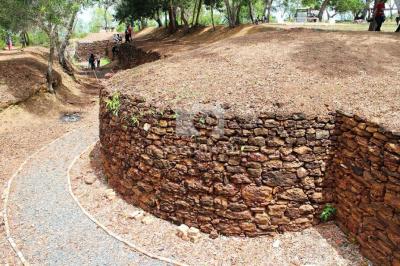 Kementerian Pariwisata Benteng Bukit Kursi Saksi Sejarah Pulau Foto Yacob
