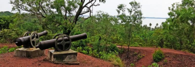 Lini Defensif Pulau Penyengat Tunawisma Bukit Kursi Kota Tanjungpinang