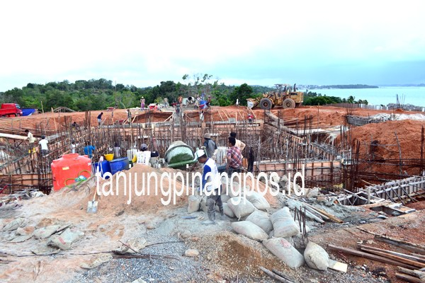 Monumen Bahasa Dibangun Tanjungpinang Pos Bukit Kursi Pulau Penyengat Kota