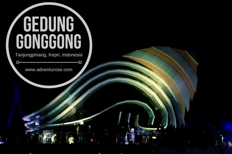 Adventurose Life Adventure Gedung Gonggong Ribuan Manusia Memadati Kawasan Tepi