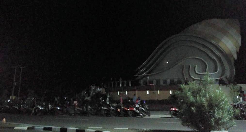 Jadi Icon Tanjungpinang Gedung Gonggong Gelap Gulita Suarakepri Kota
