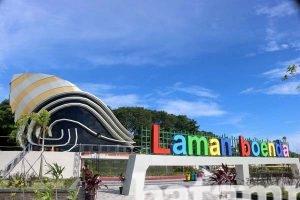 Pkl Minta Jualan Gedung Gonggong Batampos Id Suasana Taman Laman