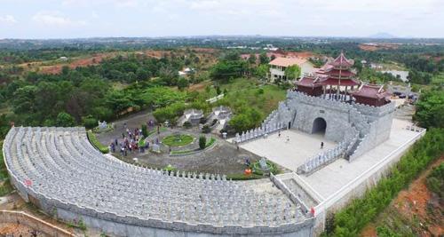 Vihara Ksitigarbha Bodhisattva Destinasi Wisata Religius Kota Tanjungpinang Memiliki Ikon