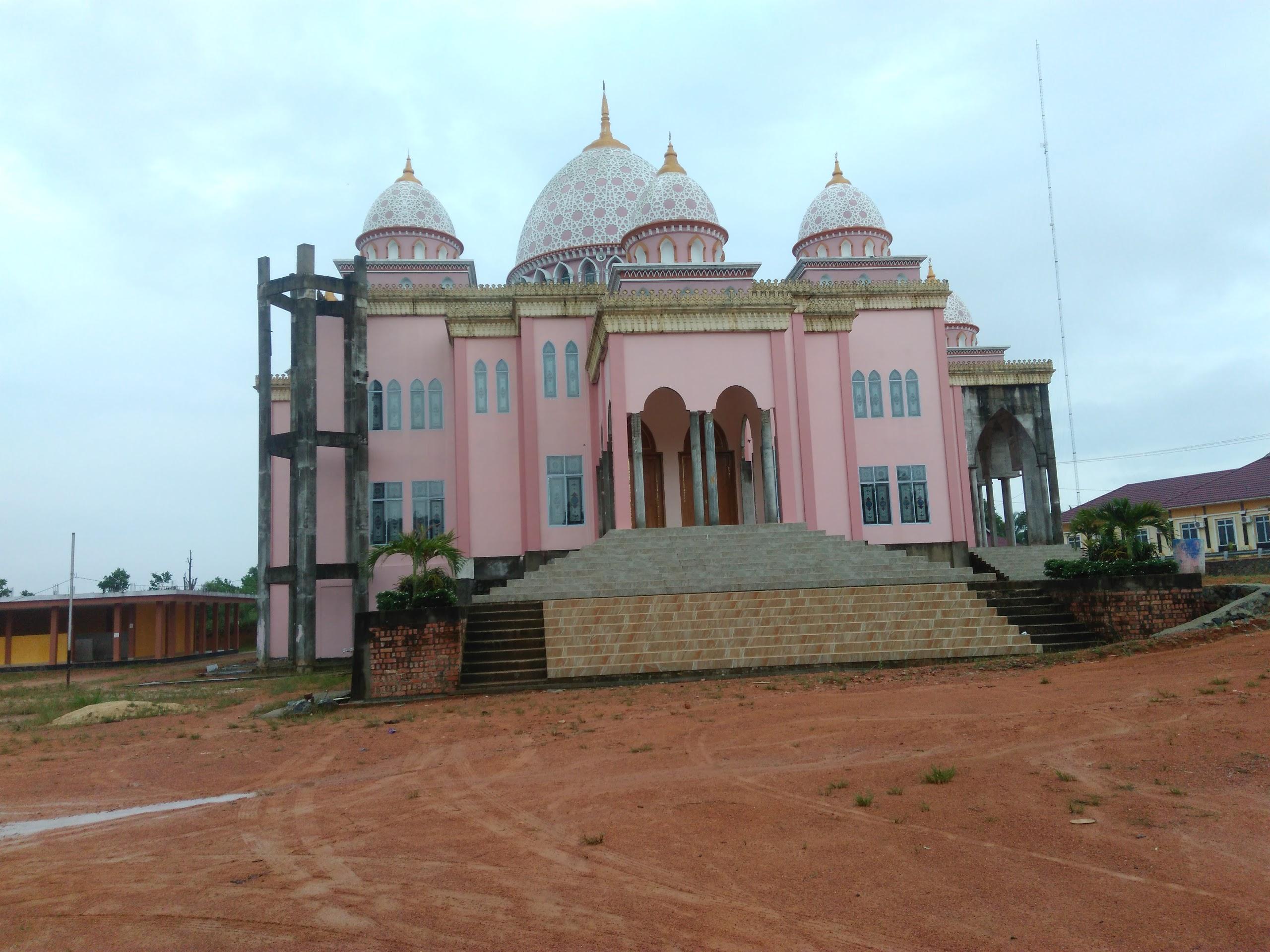 8 Tempat Wisata Wajib Kunjung Tanjungpinang Kepulauan Riau Kejauhan Masjid