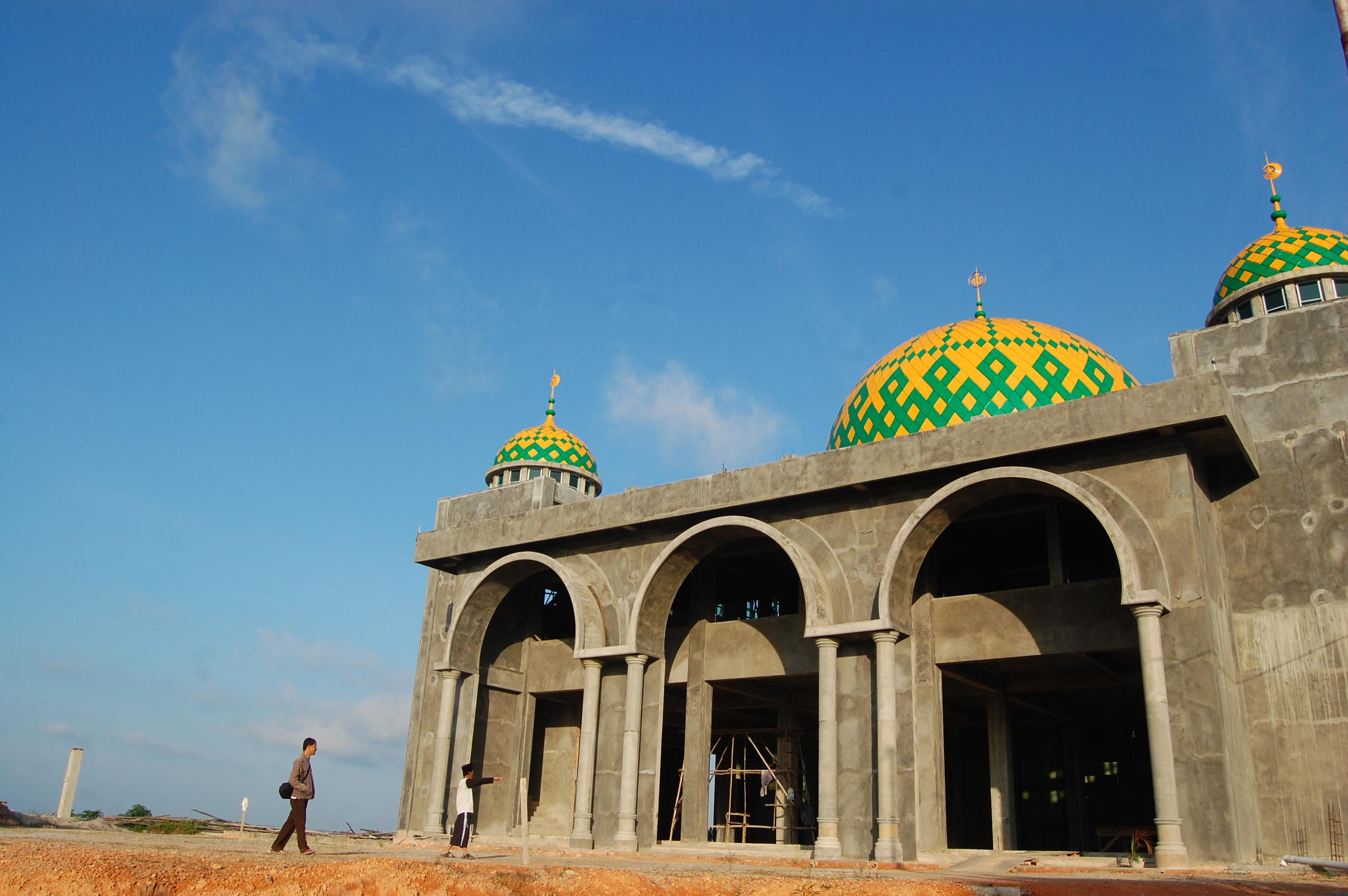 Bintan Masjid Raya Baitul Makmur Tanjung Uban Robbi Hafzan 2012