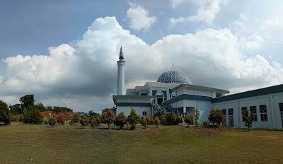 Masjid Raya Nur Ilahi Provinsi Kepulauan Riau Dompak Kota Tanjungpinang