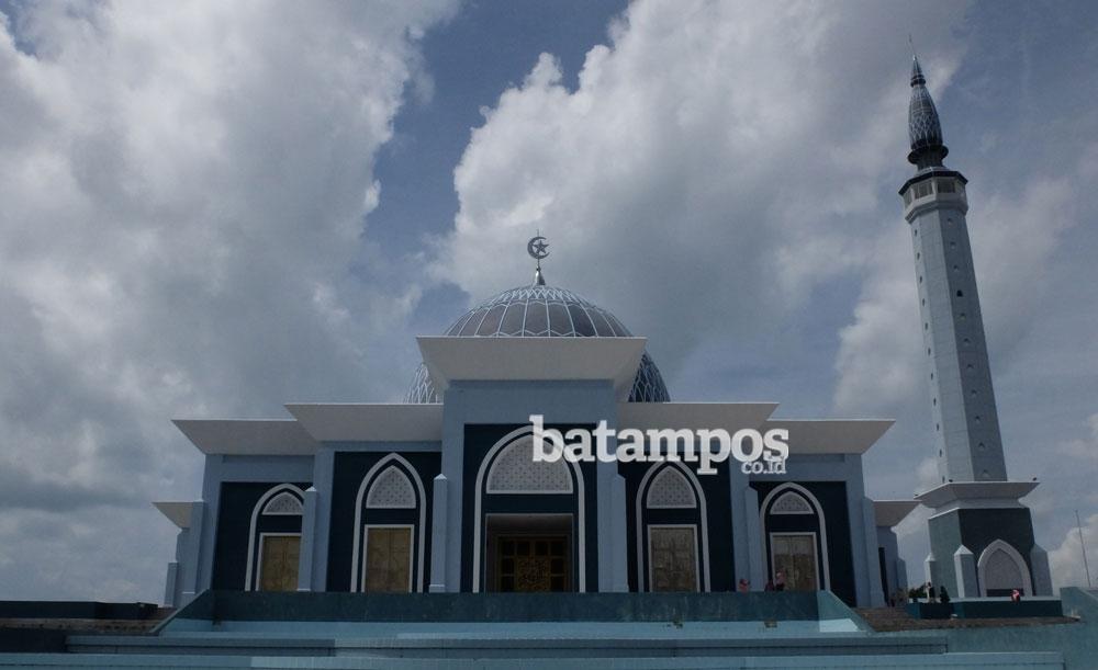 Mimpi Gubernur Kepri Terhadap Dompak Batampos Id Masjid Foto Yusnadi