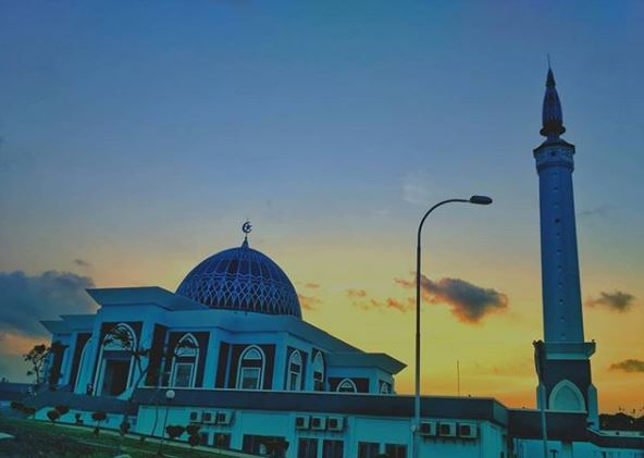 Oleh Tanjungpinang Kekinian Pinang Paleo Masjid Raya Nur Ilahi Dompak