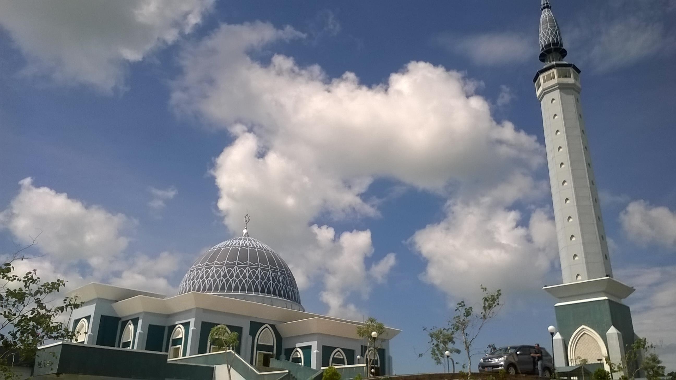 Spot Wisata Murah Meriah Kepulauan Riau Masjid Raya Dompak Kota