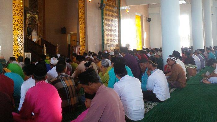 Warga Tanjungpinang Ramaikan Masjid Raya Dompak Shalat Idul Adha Kota