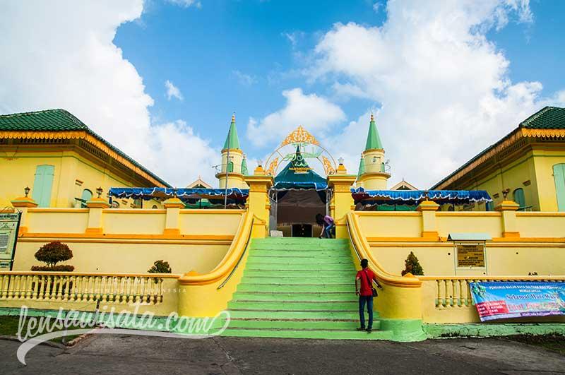Masjid Raya Sultan Riau Kota Tanjungpinang Kepulauan Marketer