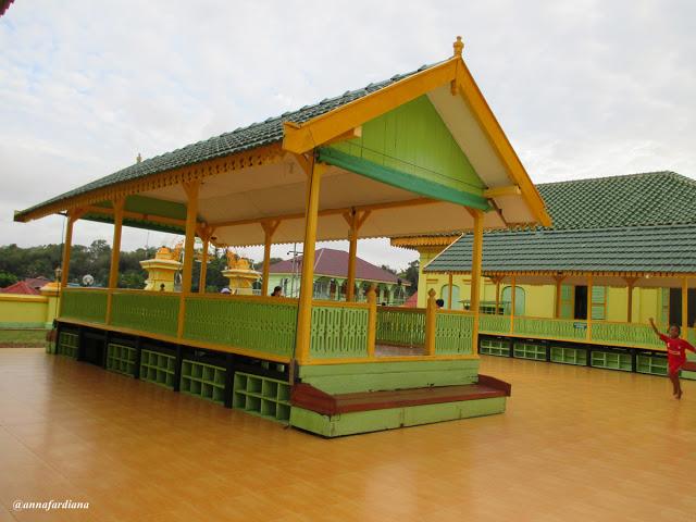 Masjid Raya Sultan Riau Kota Tanjungpinang Kepulauan Pesona Sisi Terpanjang